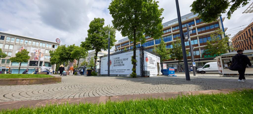 Stationseröffnung am Paradeplatz in Mannheim