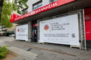 Seriöse Schnelltest-Station am Hauptbahnhof Mannheim